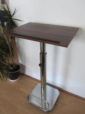Ausstellungsstück-Stehpult-PASSAU-Vorderansicht-Nr.2