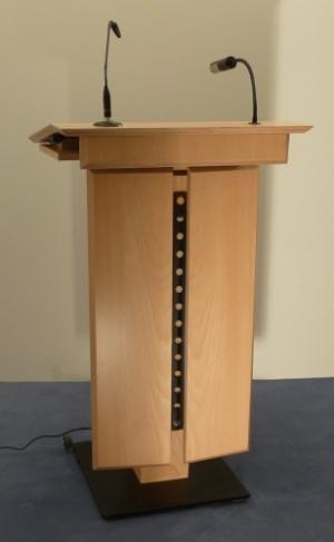 Rednerpult LENNEP Vorderansicht Nr. 1
